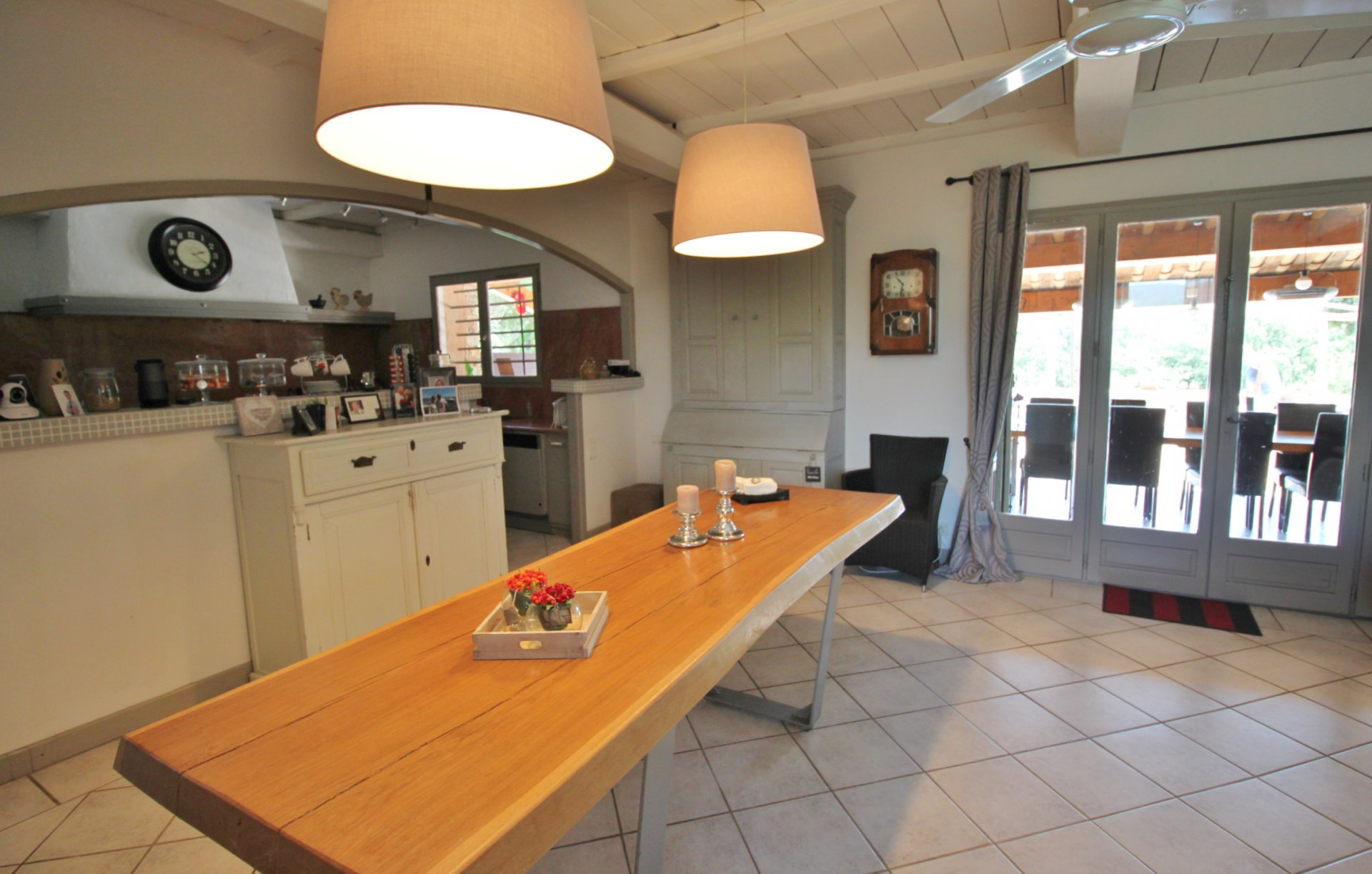 Large, beautifully renovated house in Besse sur Issole