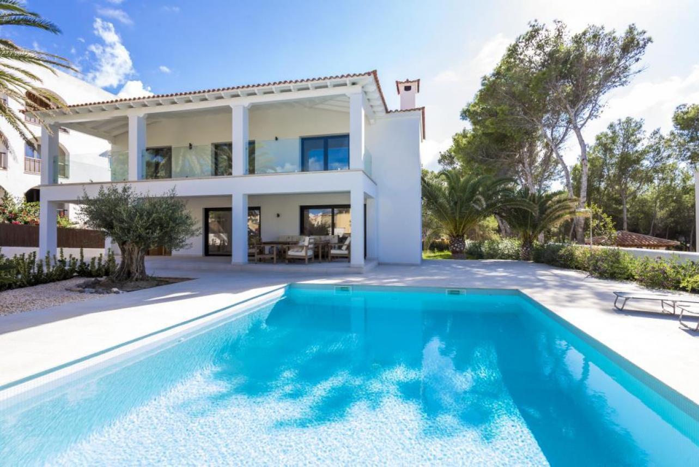 Sale Villa - Santa Ponsa - Spain
