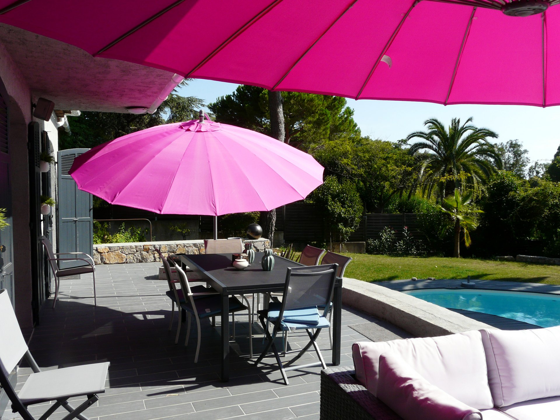 FURNISHED MODERN PROVENCAL VILLA - YEARLY RENTAL