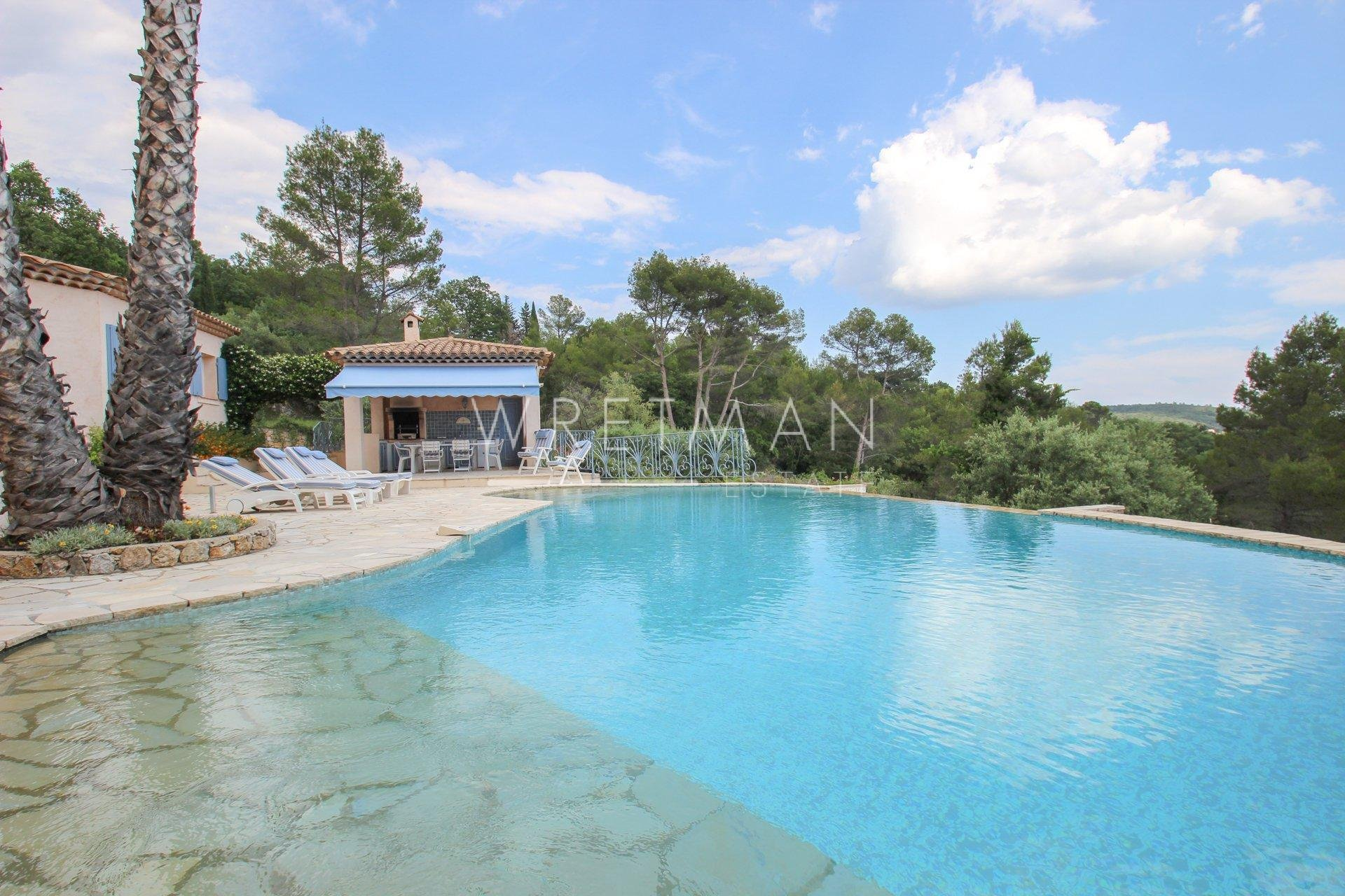 Villa with panoramic views - Montauroux
