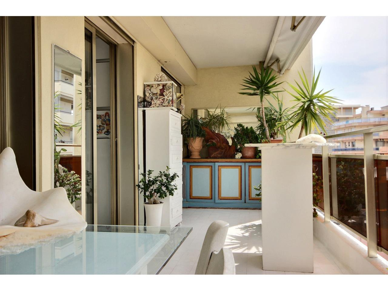 2 bedrooms in Cannes
