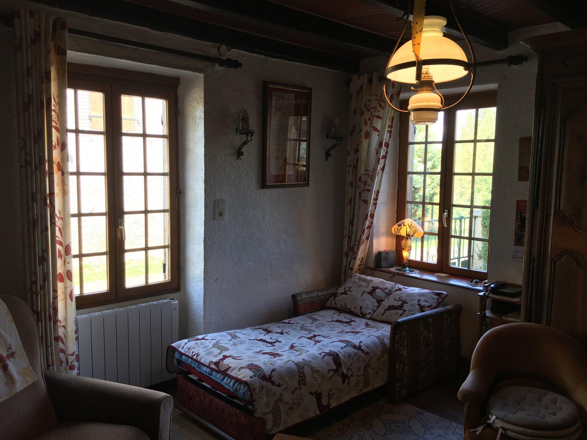 Serre Aan Huis : Detail voorgevel en serre huis het walien met schuifvensters met