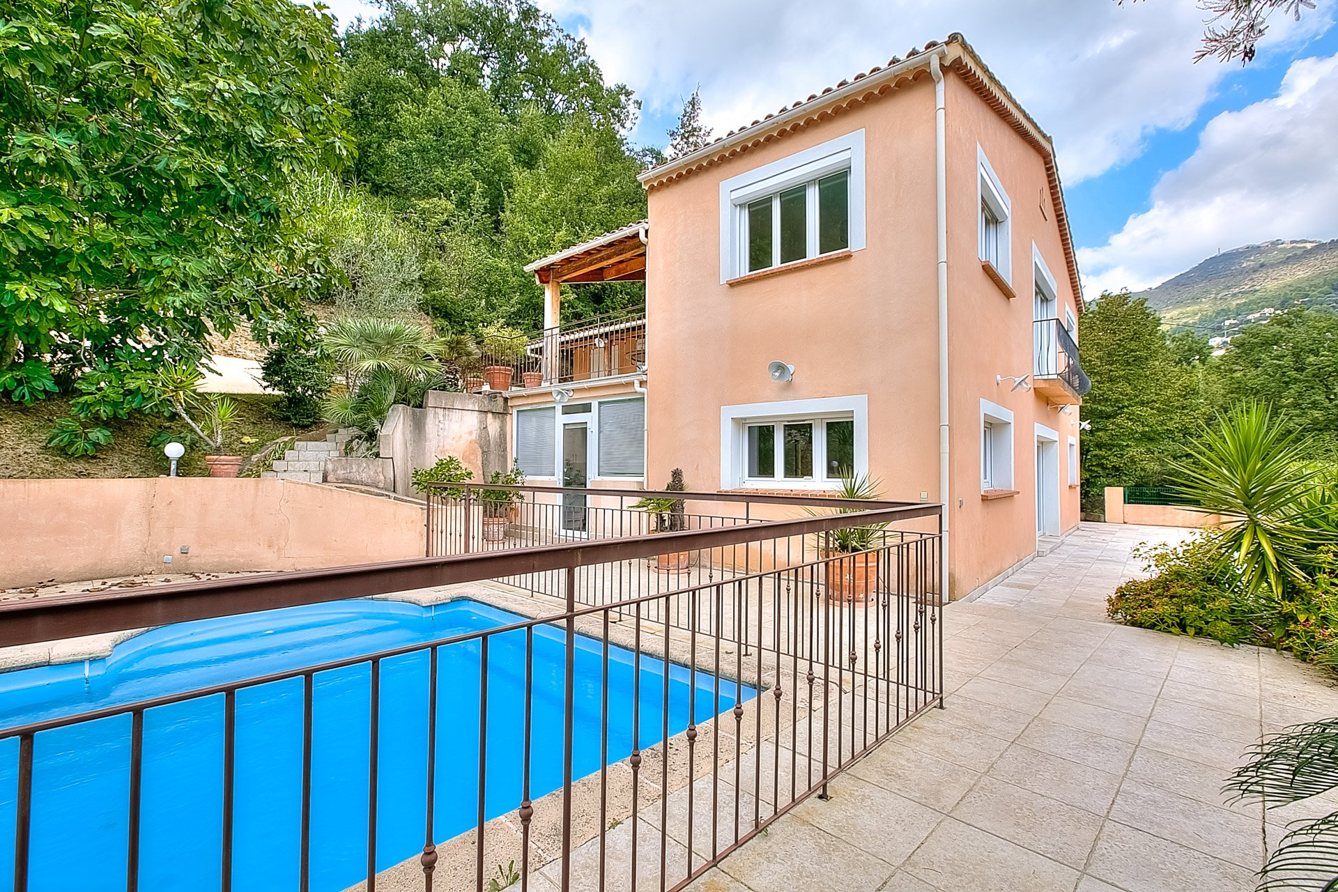 Villa 6/7 pièces à vendre Nice St Pancrace