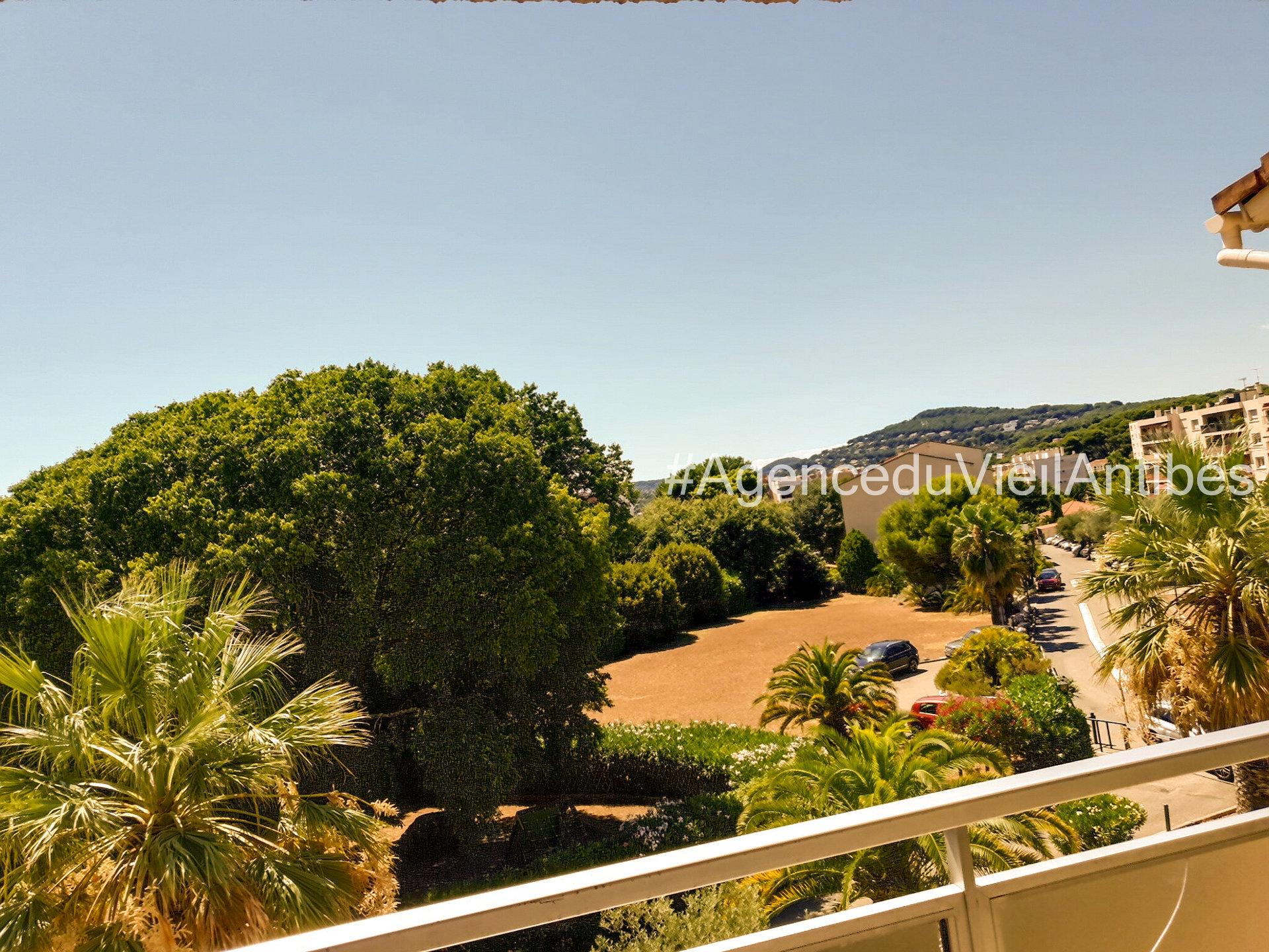 Antibes - 4P 116 m2 avec balcon