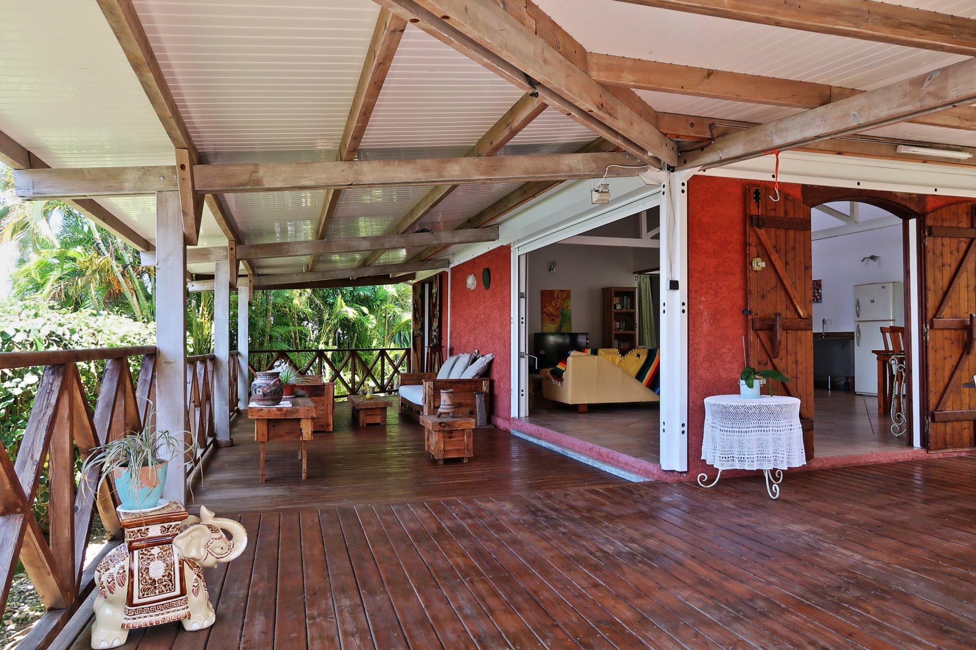 Villa de charme T5 secteur résidentiel proche plage