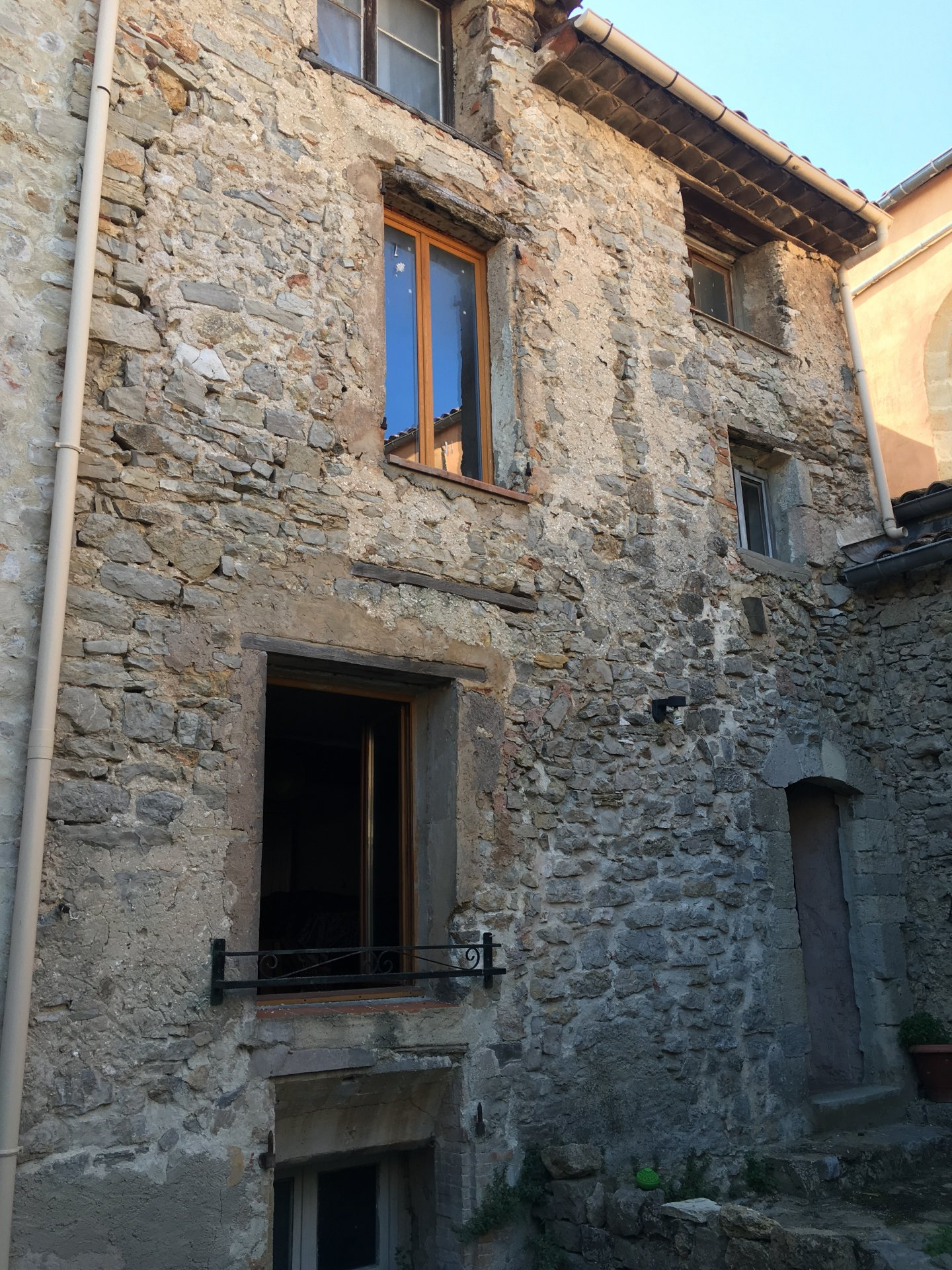 Former host house to be renovated, with garden and terace