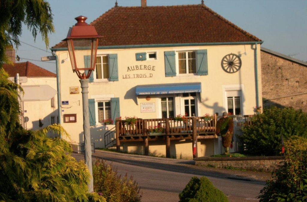 Auberge + duplex au centre du village - Haute Marne