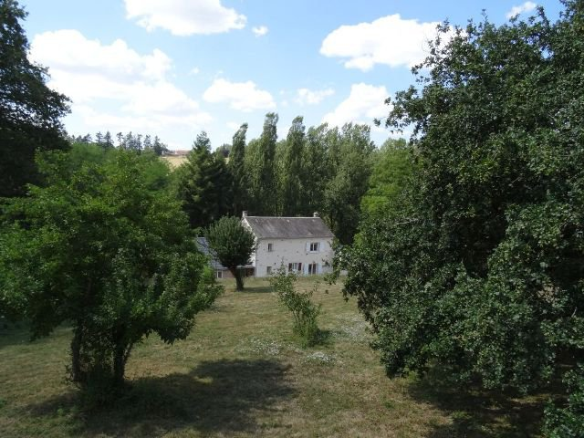 Elevated Riverside Property - 4/5 Bedrooms - Gîte Potential - Large Purpose Built Atelier