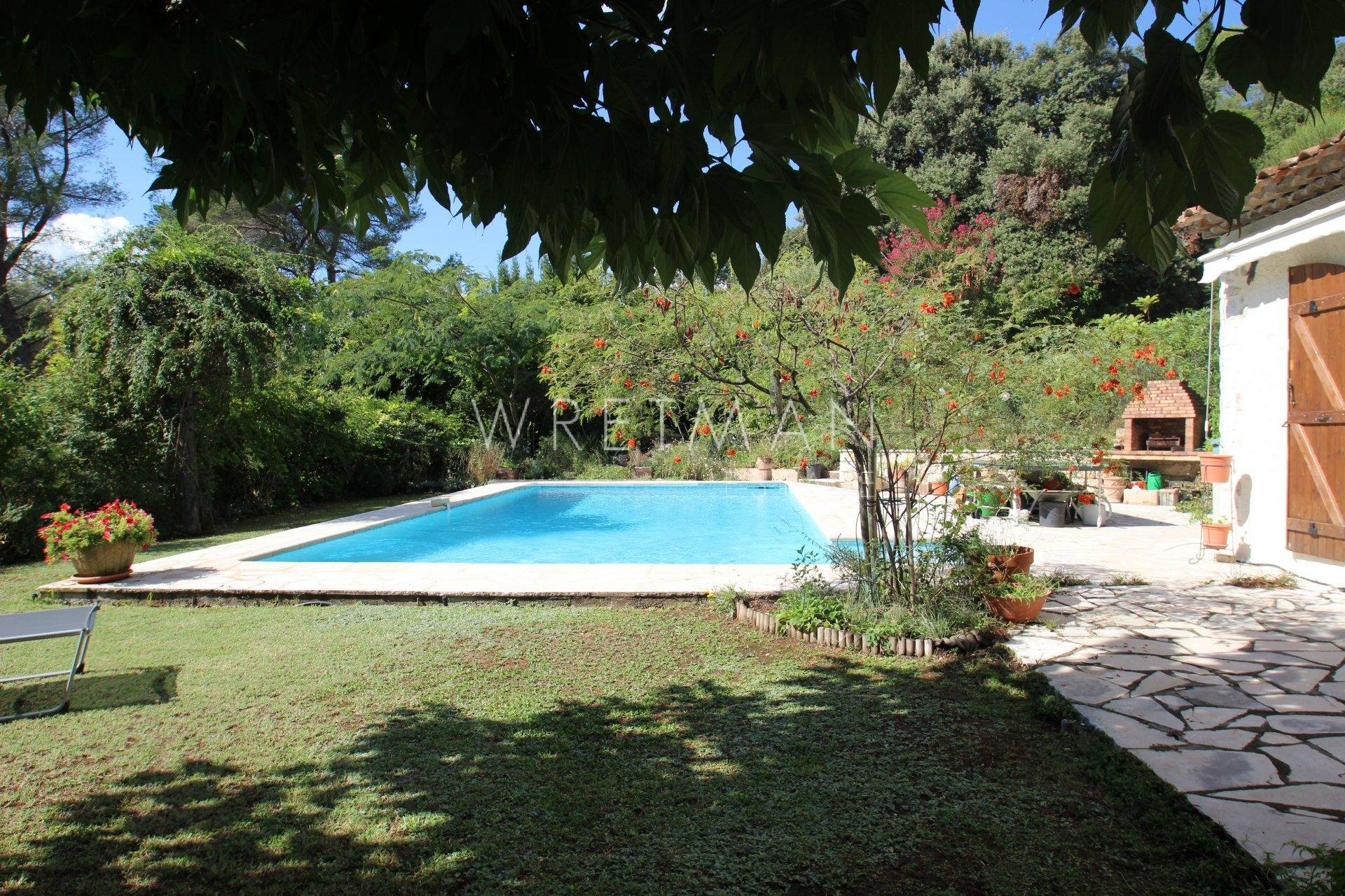Villa with swimming pool - Montauroux