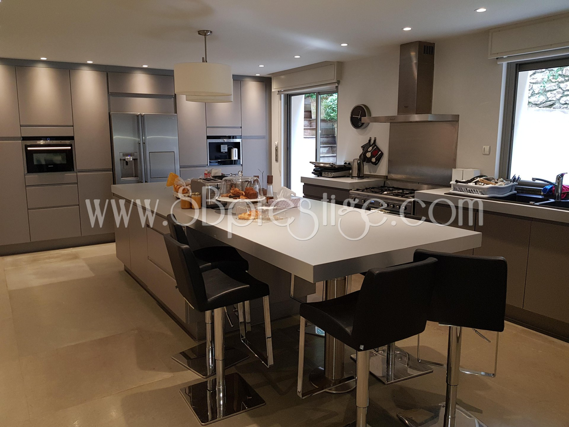 Stainless steel, kitchen bar, kitchen island