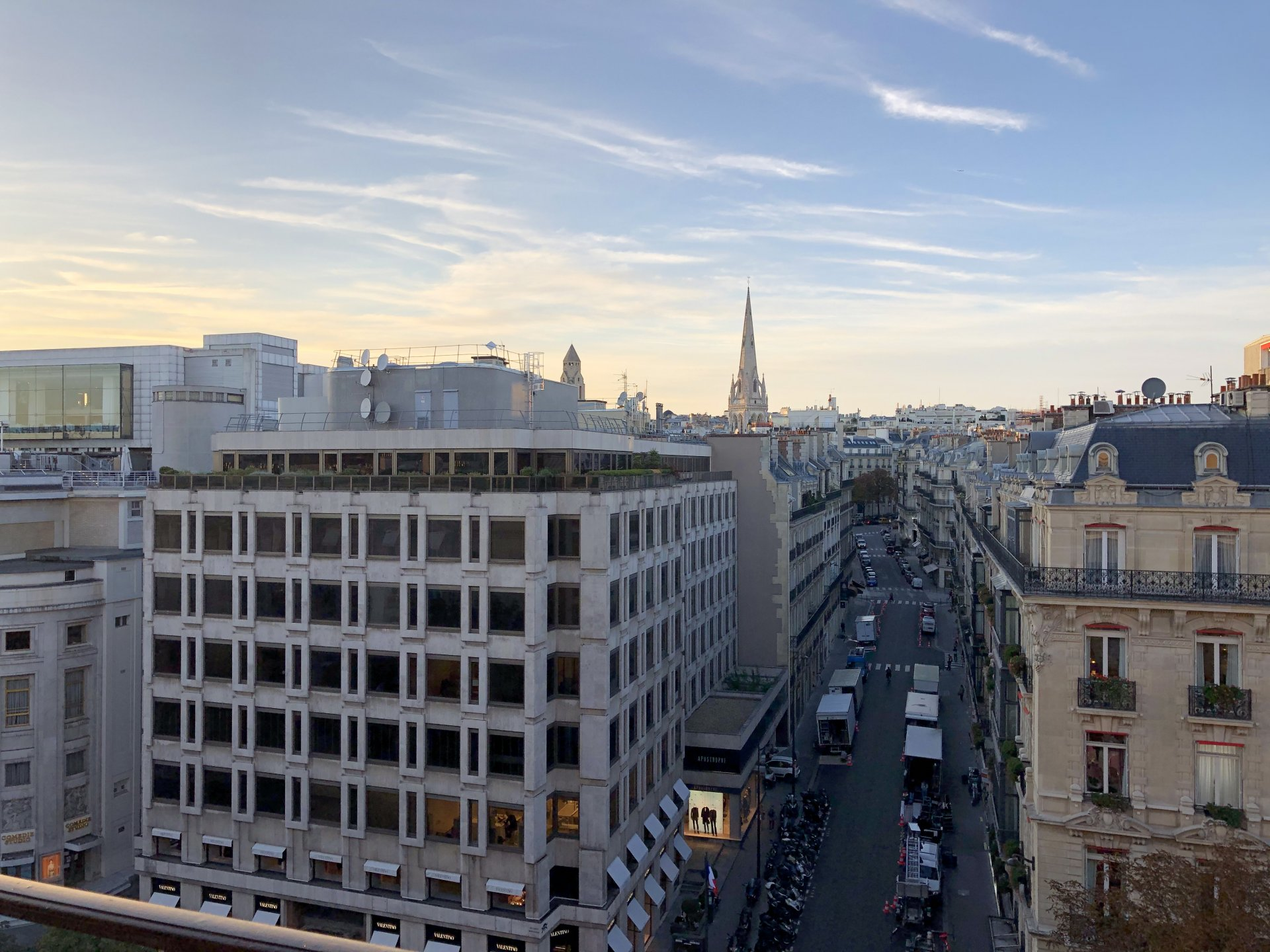Sale Apartment - Paris 8th (Paris 8ème) Champs-Élysées