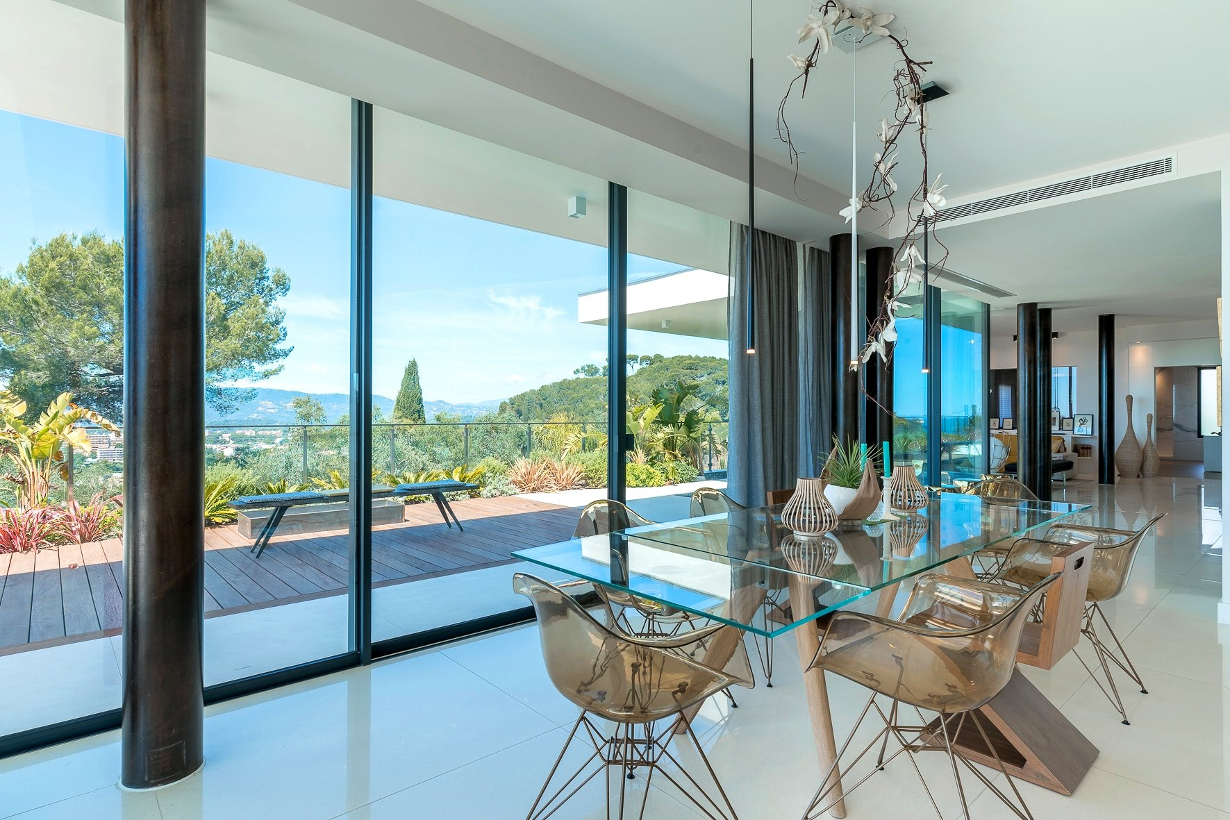 LE CANNET HILLS - STUNNING CONTEMPORARY VILLA