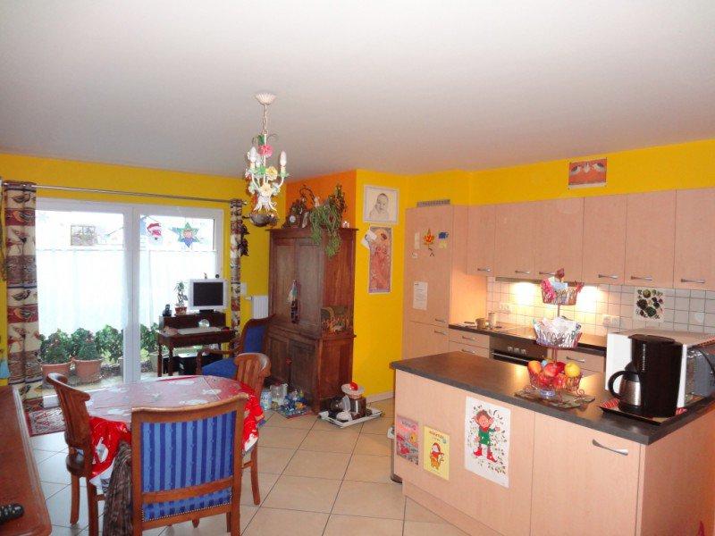 APARTMENT 48 m² Strassen
