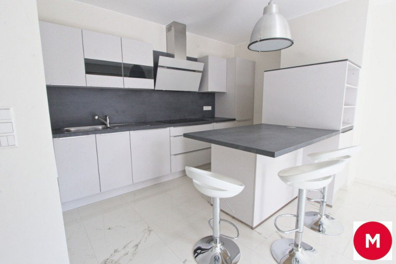 Avenue Guillaume - Two Bedroom Apartment