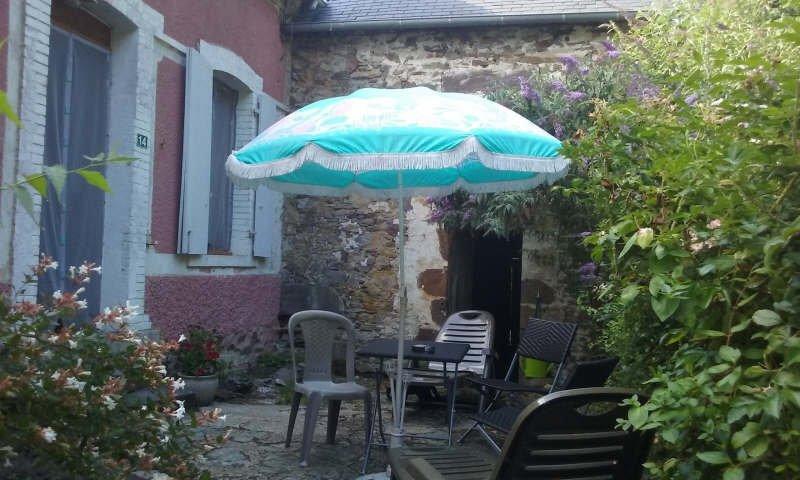 Maison de campagne en pierre prés des Alpes Mancelles