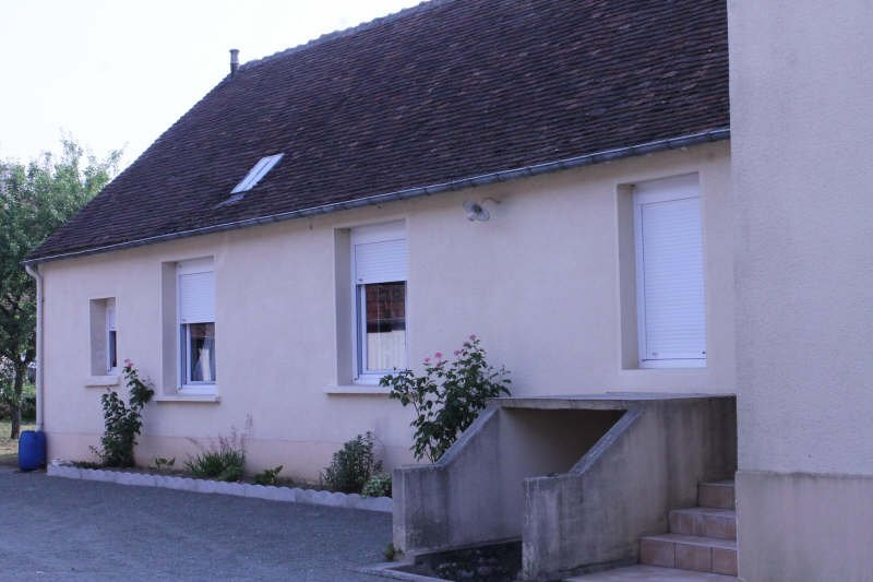 Maison pierre + 220 m² de dépendances.