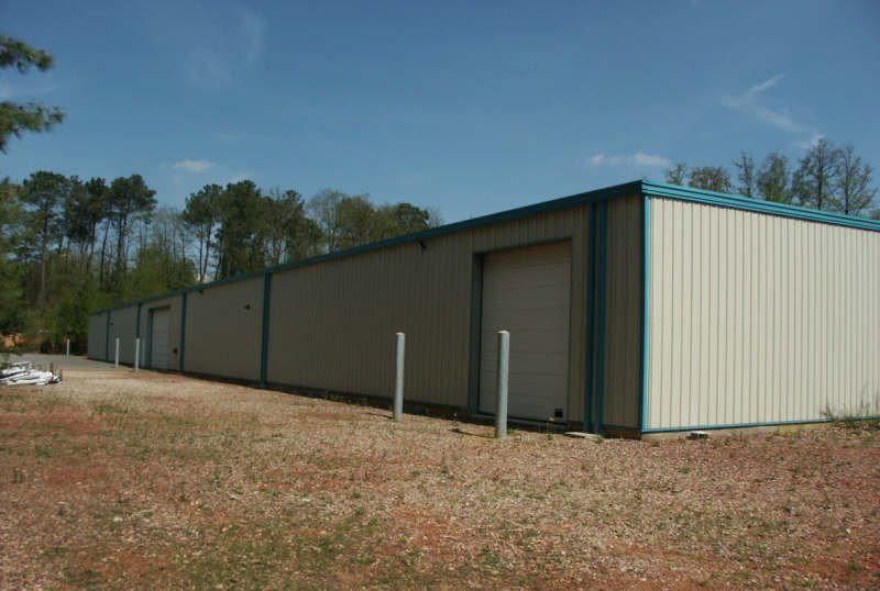 2 Bâtiments artisanaux de 2000 m² et 3000M²