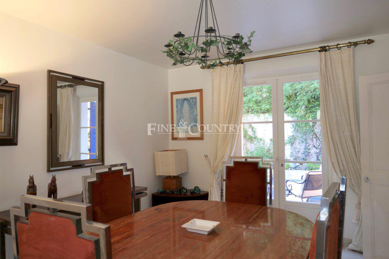Villa for sale in Cannes, Cote d'Azur, France