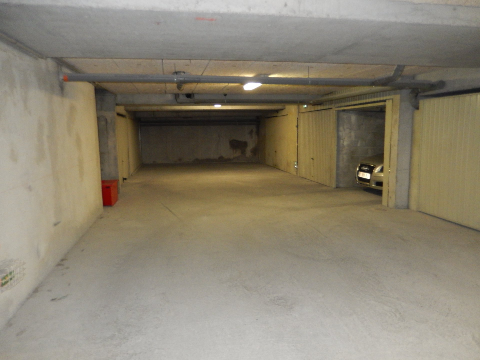 Bellet, 2 p dernier étage, terrasse, garage