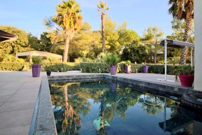 Villa californienne d'exception 11 pièces avec piscine et box
