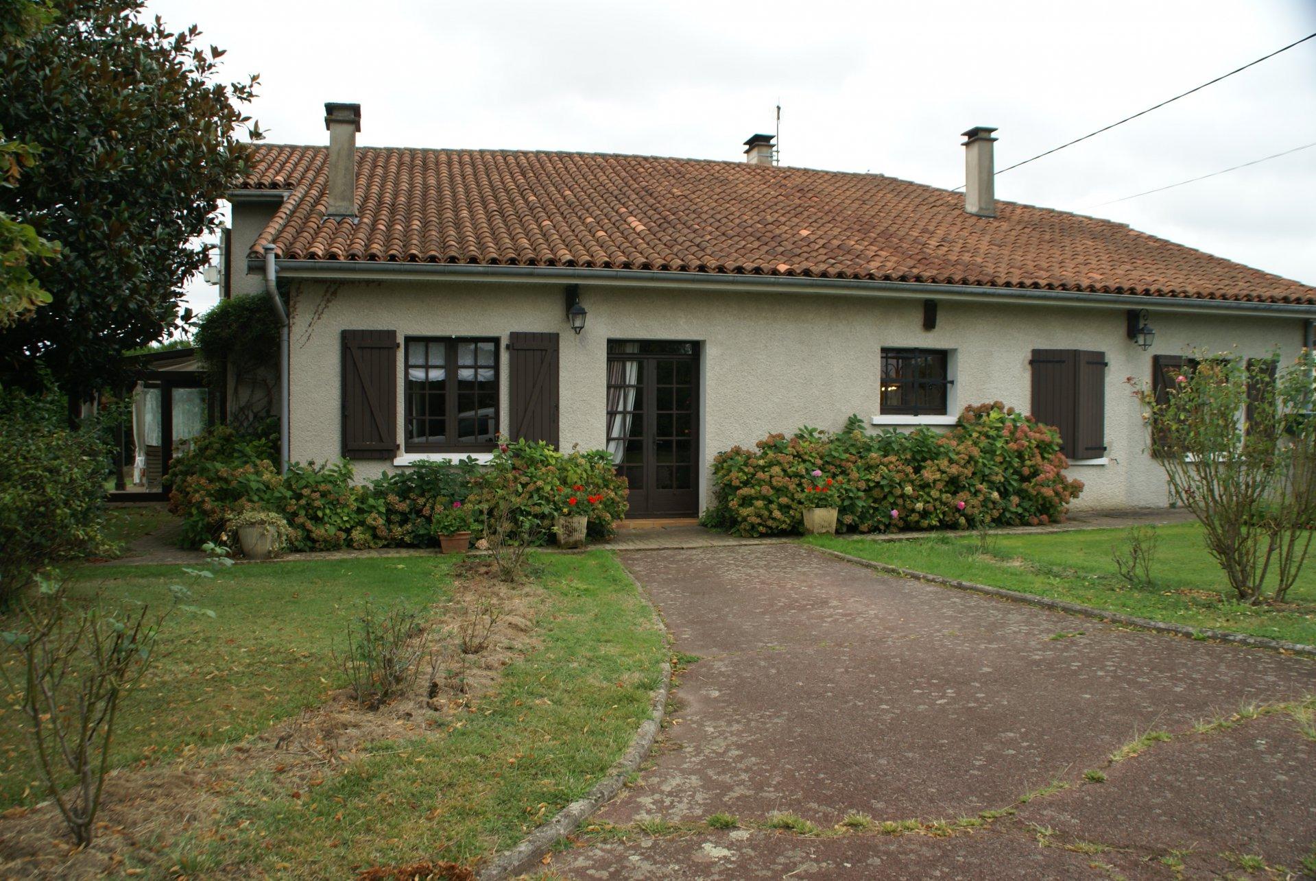Belle ferme ,4 chambres et vues dans la Haute-Pyrénées.