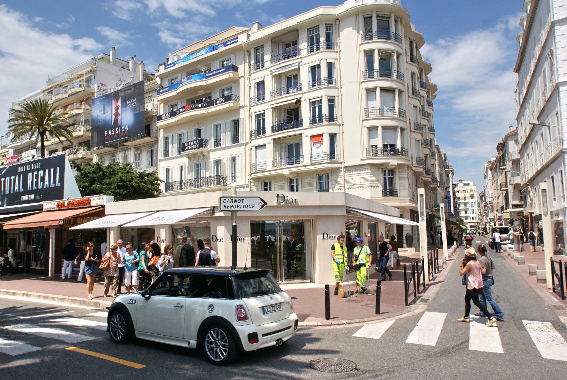 Sale Retail - Cannes