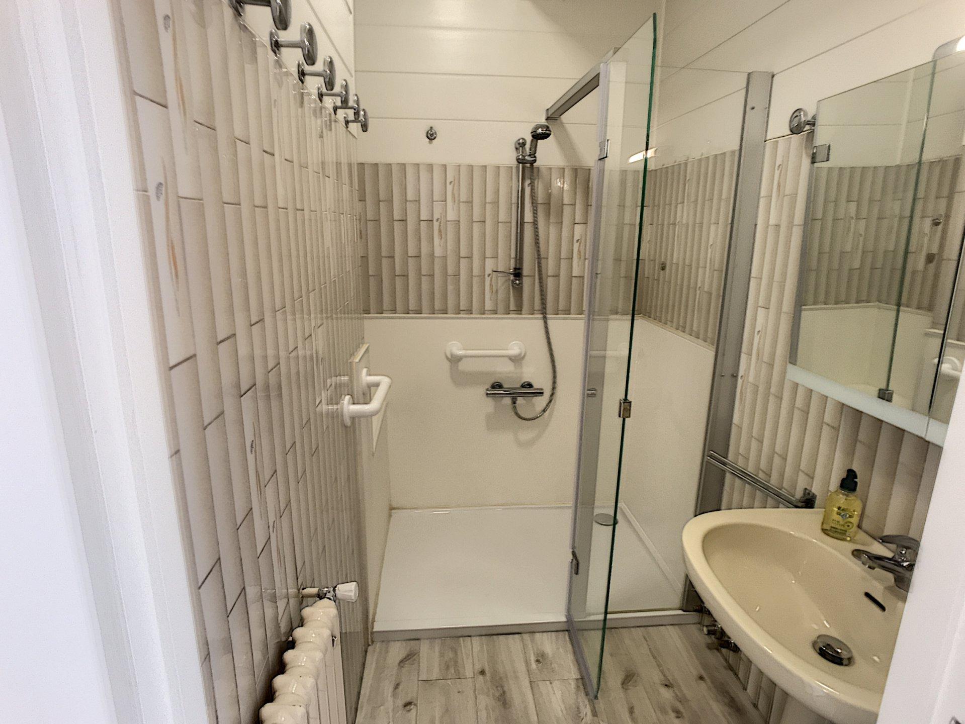 Seasonal rental Apartment - Cannes Plages du midi