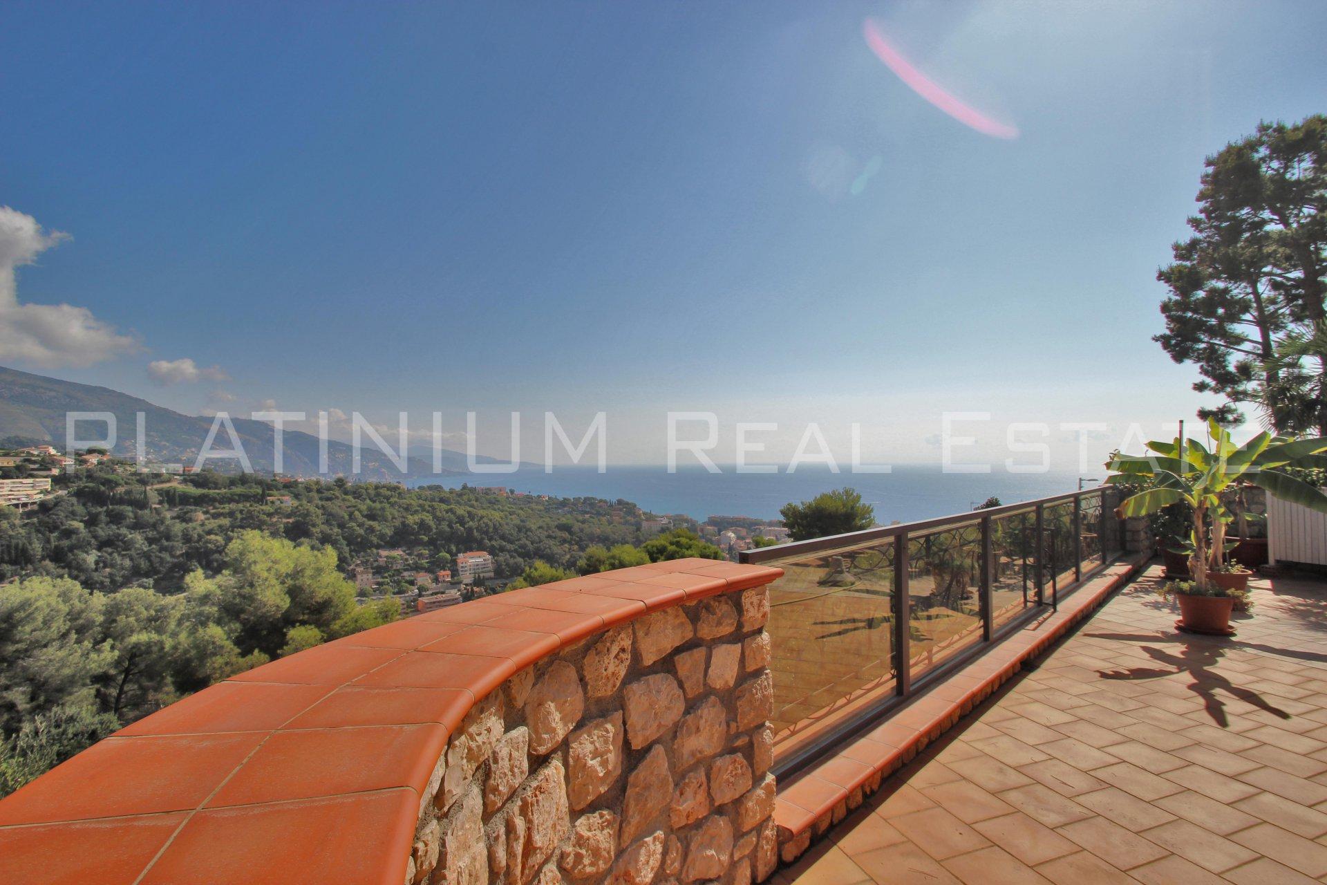 "ROQUEBRUNE ""Pinella"" | VILLA 250M² | FIELD 1200M² | SEA VIEW | POSSIBLE POOL"