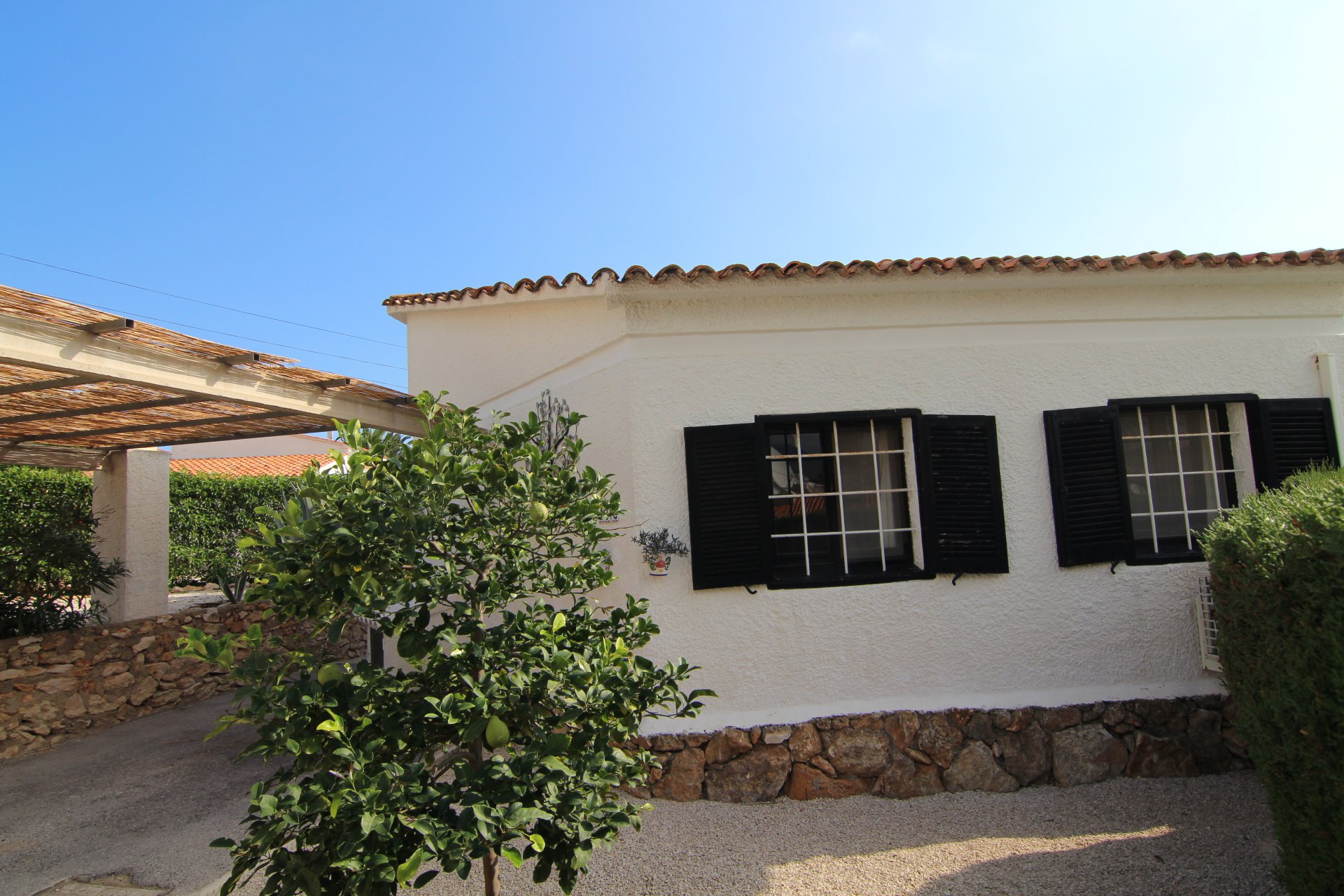 Lovely 2-bedroom house close to La Fustera