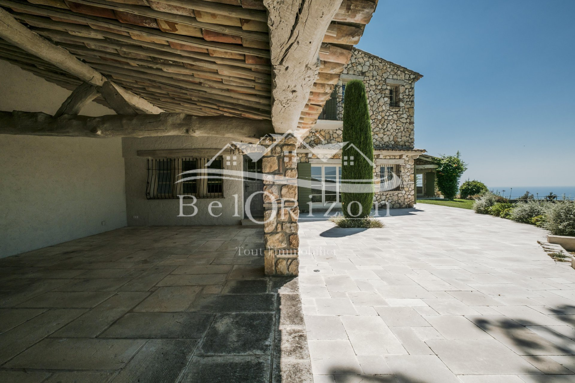 Beautiful property on the heights of Vence