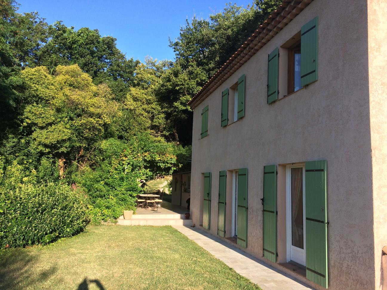 Saint Jeannet (06640) - Villa Individuelle 5 pièces - Piscine