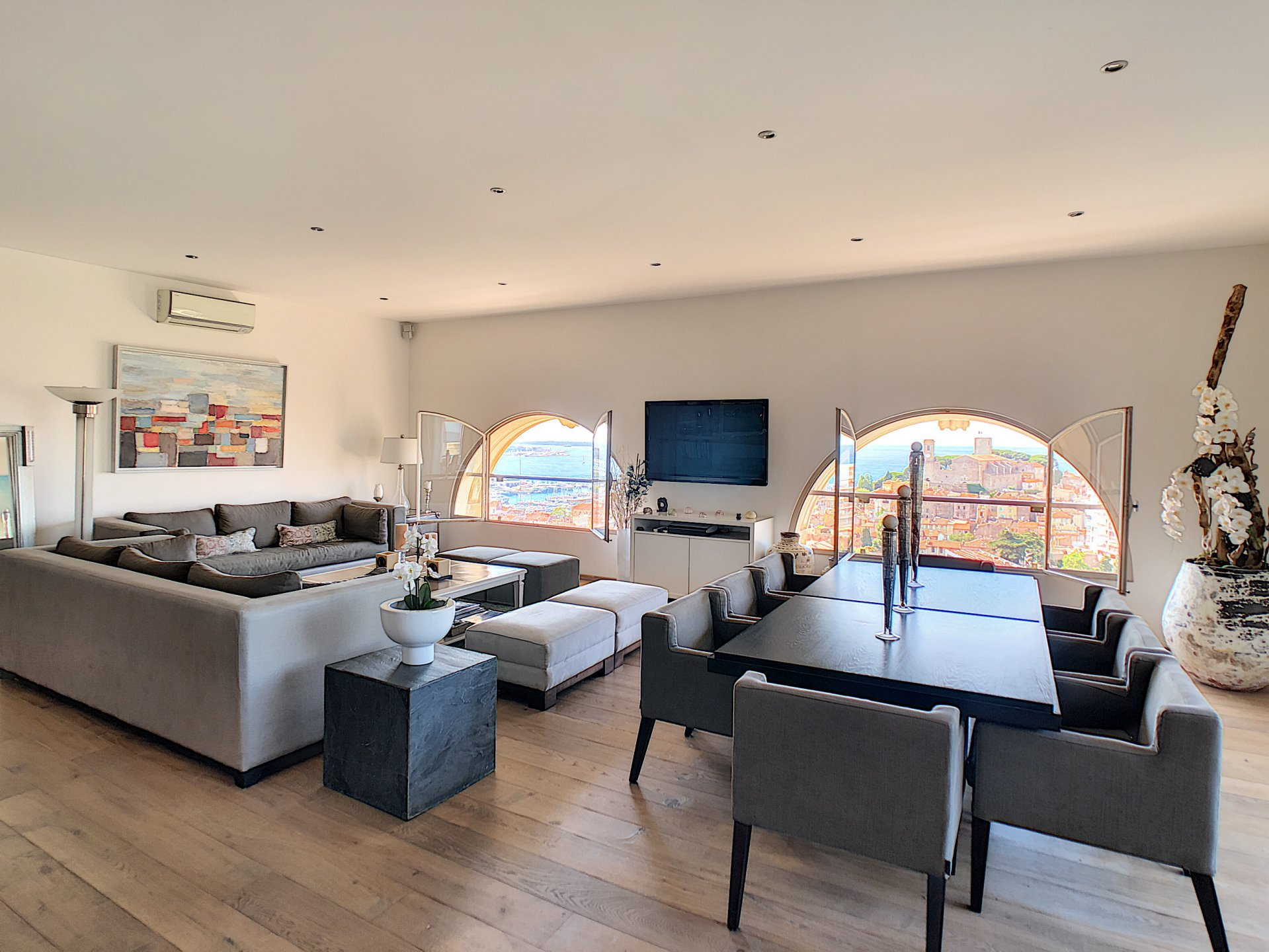 CANNES PENTHOUSE FOR SALE