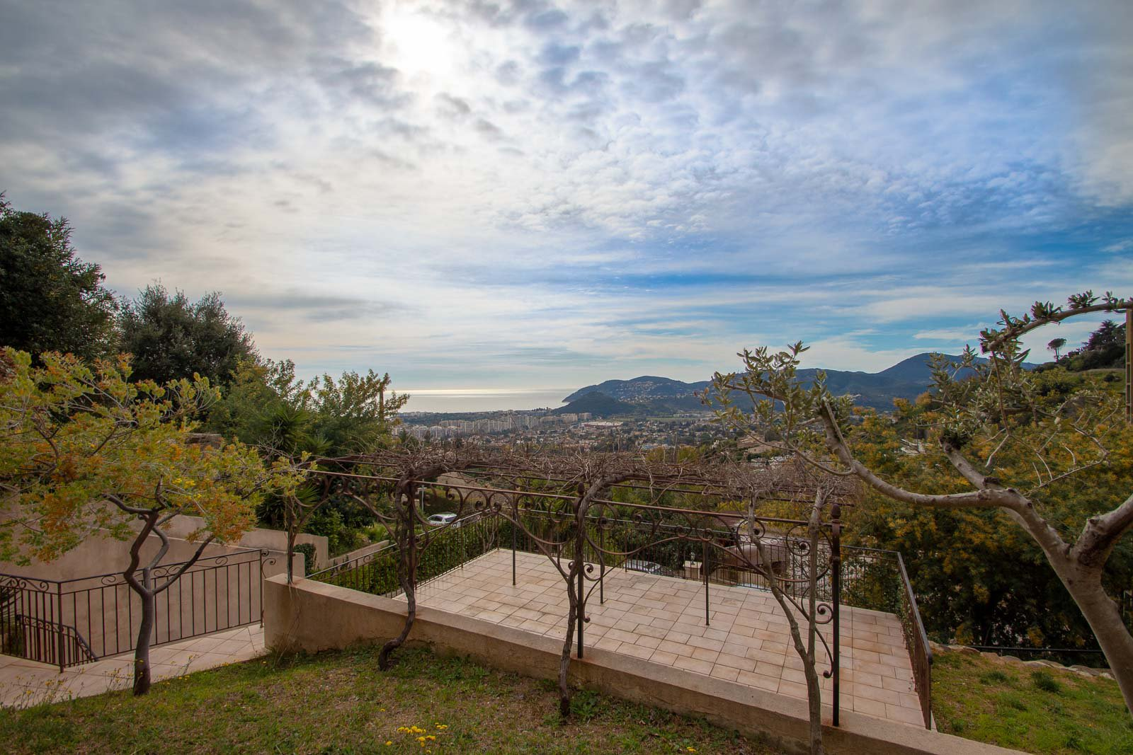 COTE D AZUR MANDELIEU NAPOULE VILLA WITH PANORAMIC SEA VIEW