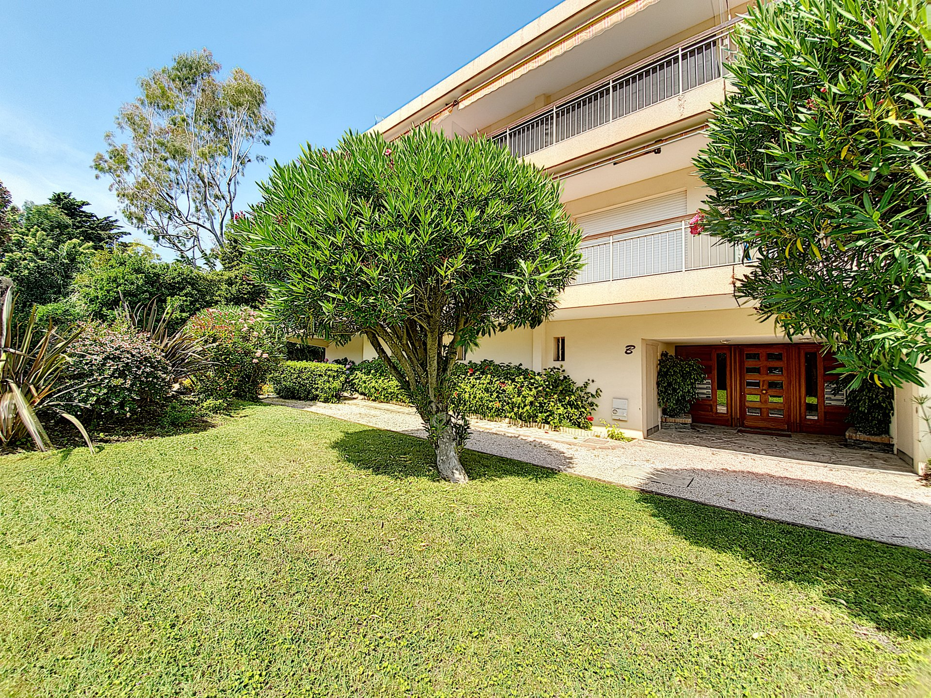 Cap d'Antibes Bel appartement  4/5P , 115m2