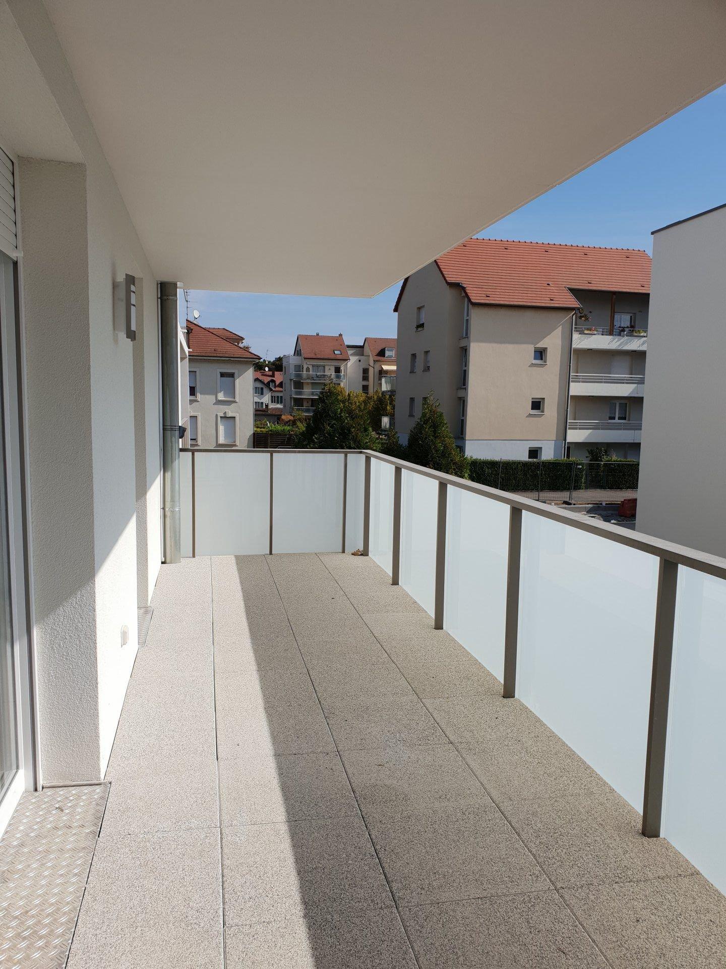 3 pièces avec grande terrasse !!