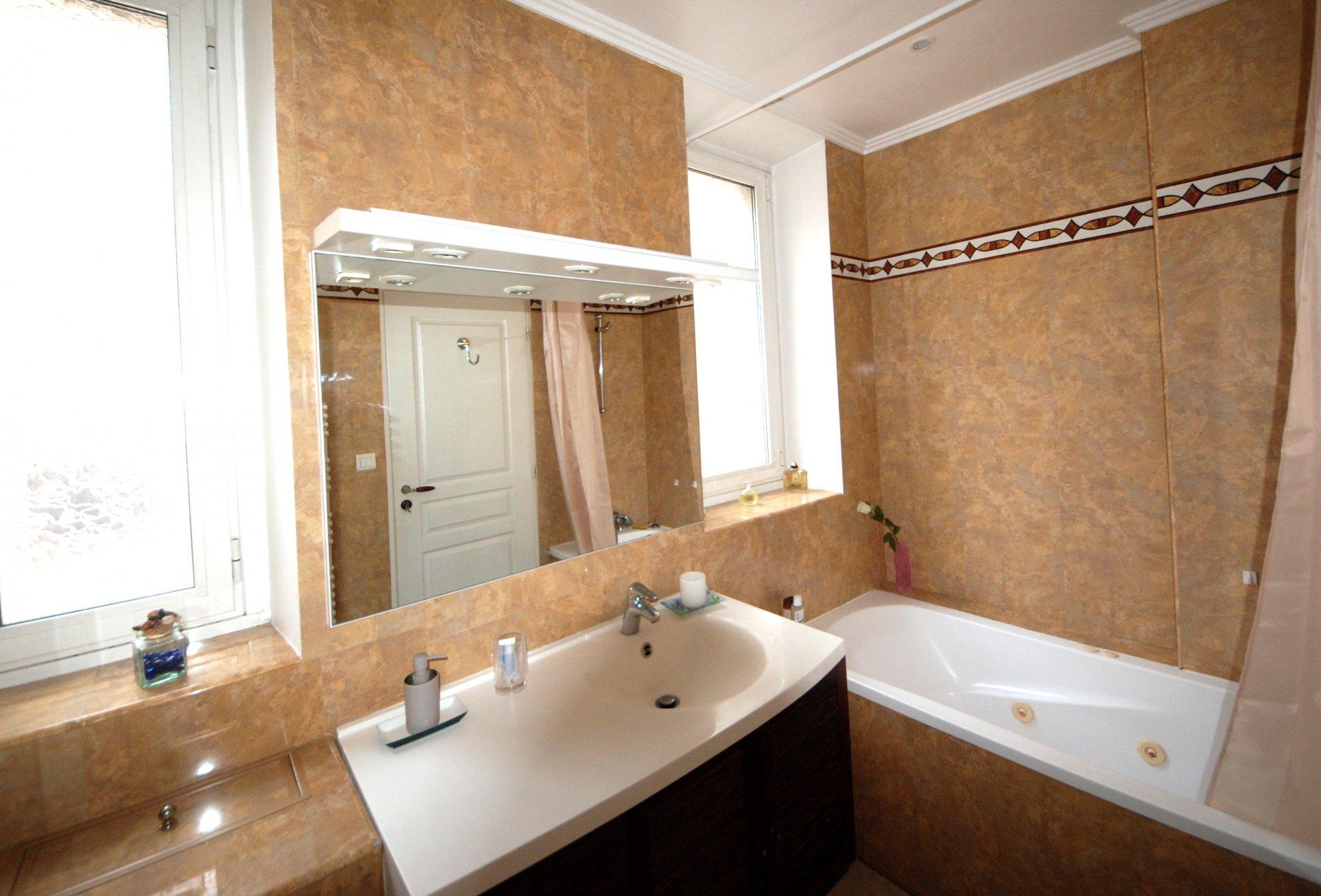 Appartement 2 pièces centre  ville Cannes