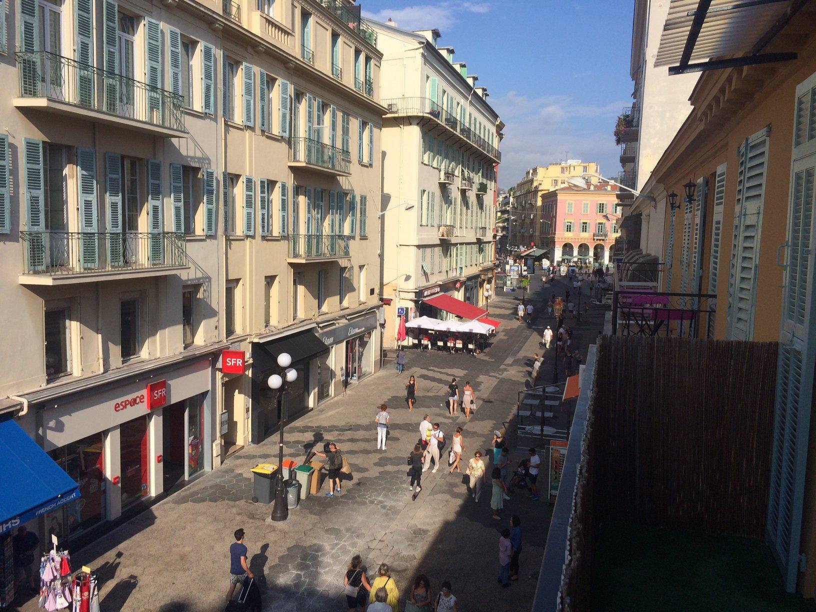 2 Pièces Vide - 9 Rue Massena - Nice Rue Pietonne