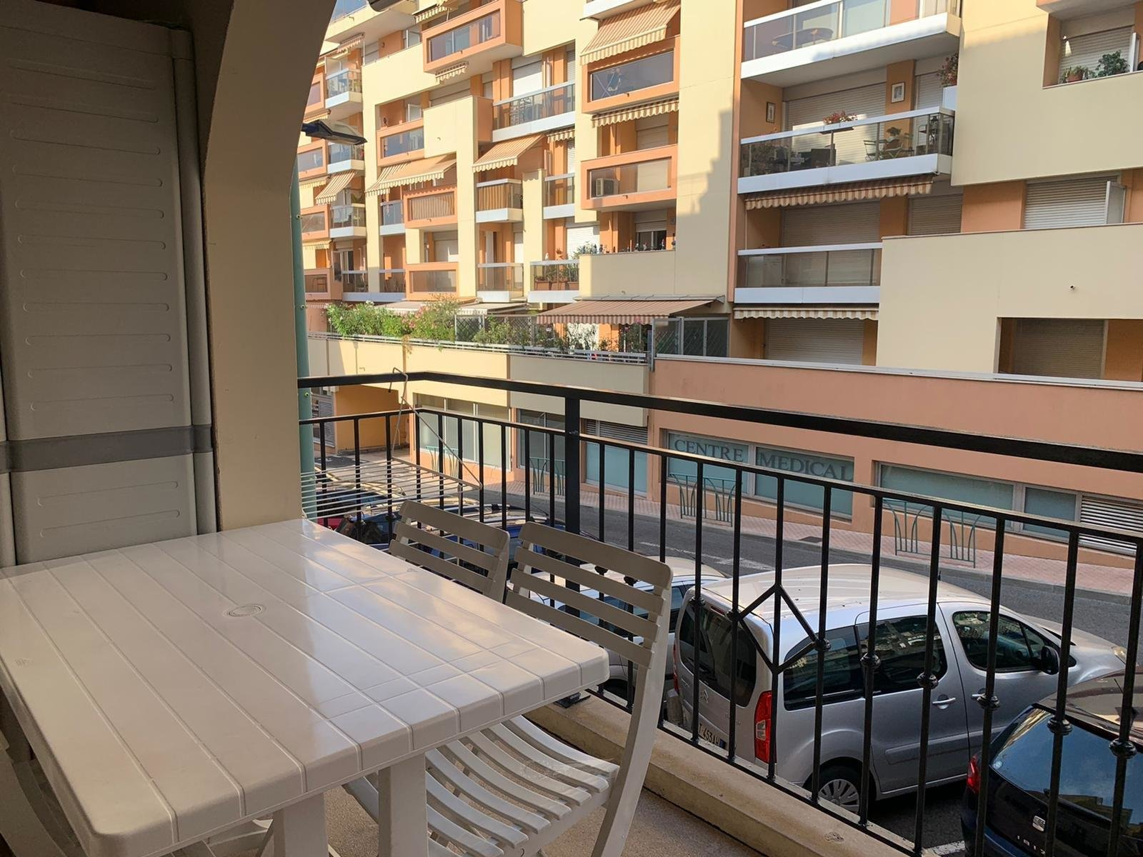 FOR SALE IN MENTON CITY CENTER