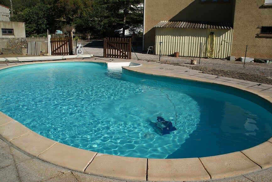 Villa sur terrain de 1500m² avec piscine