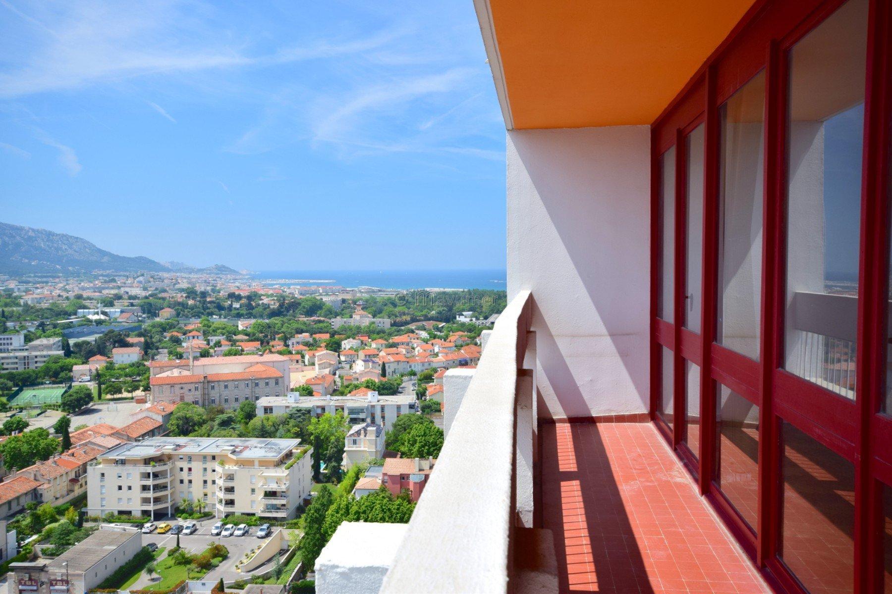 Appartement Duplex T2 vue mer 13008 Marseille LE BRASILIA ST ANNE