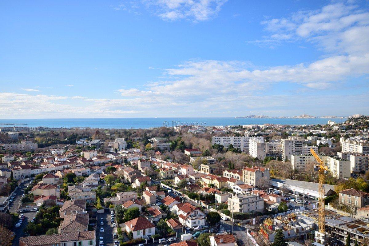 Appartement Duplex T3 vue mer 13008 Marseille / LE BRASILIA ST ANNE
