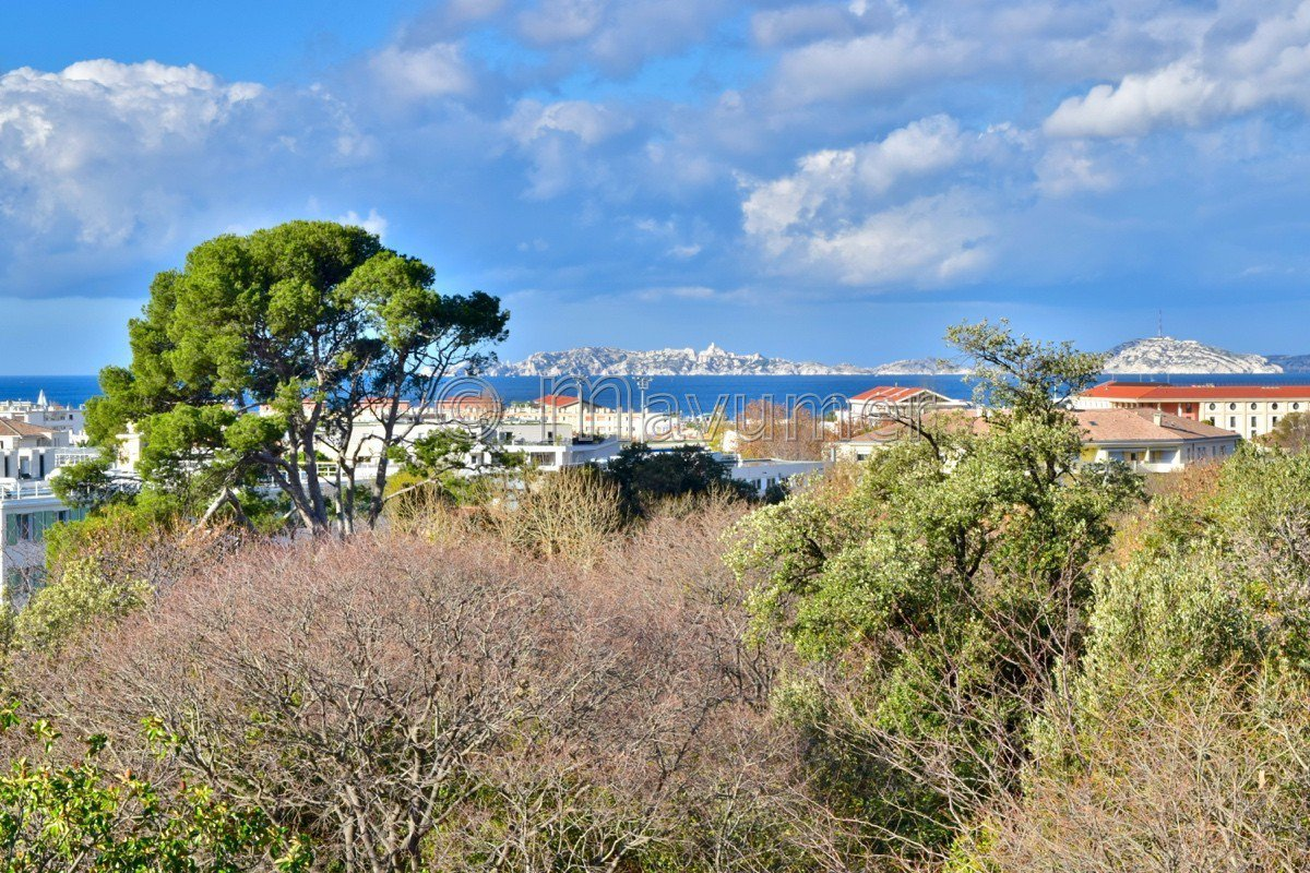 Apartment T4 sea view Sainte-Anne 13008 Marseille