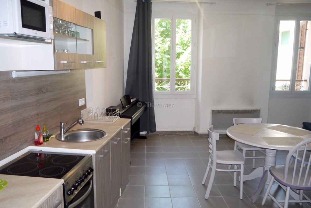 Apartment T2 center of cassis 13260