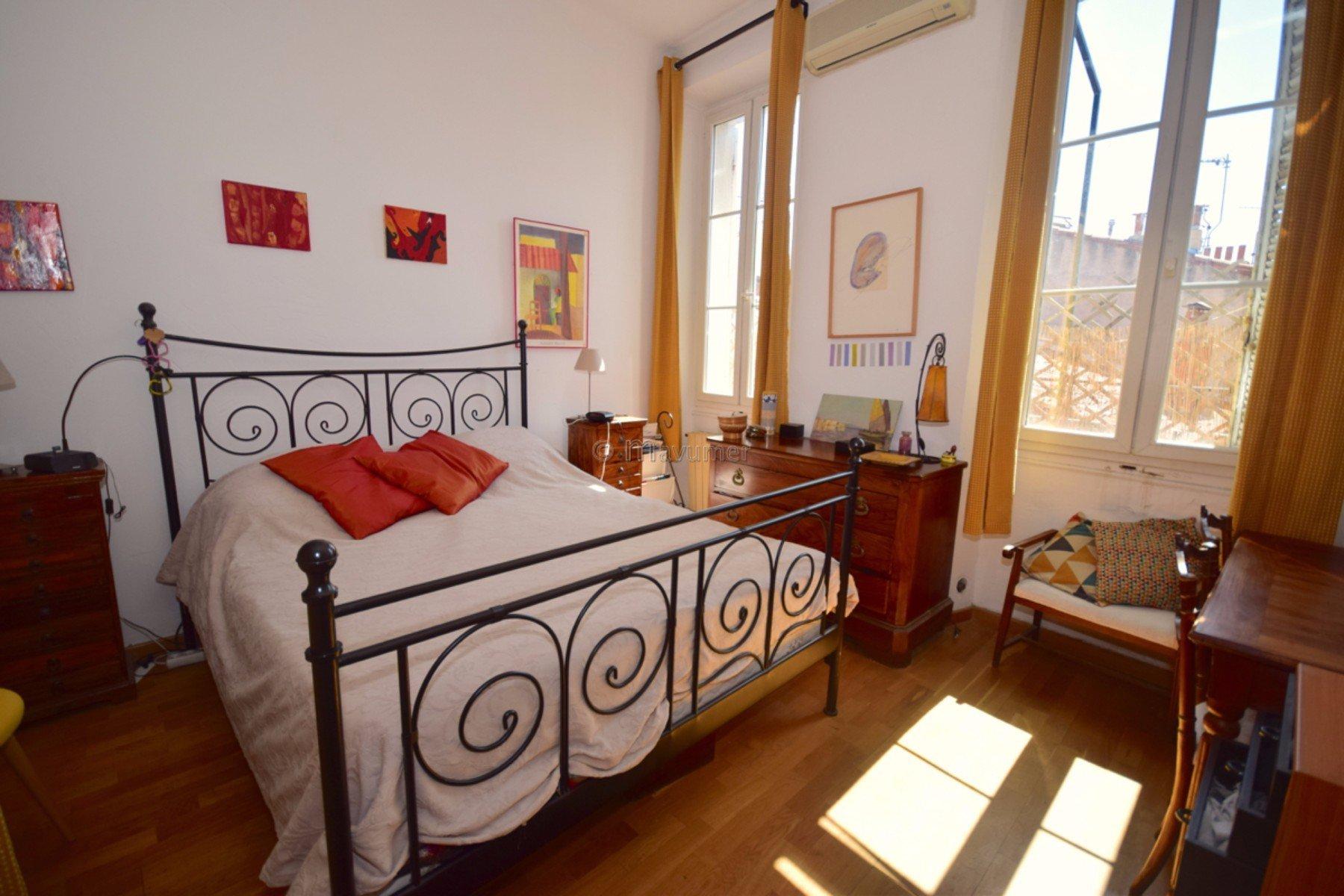 Sale Apartment - Marseille 6ème