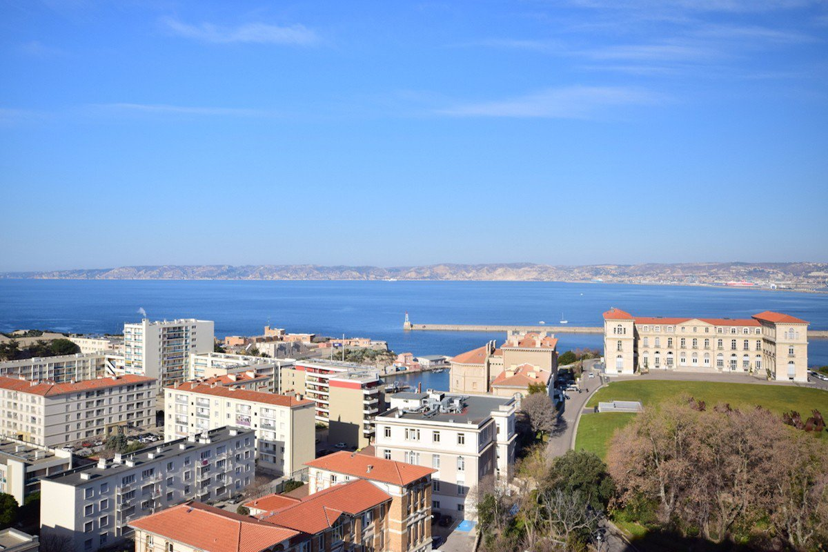 Appartement T6 vue mer 13007 Marseille Le Pharo