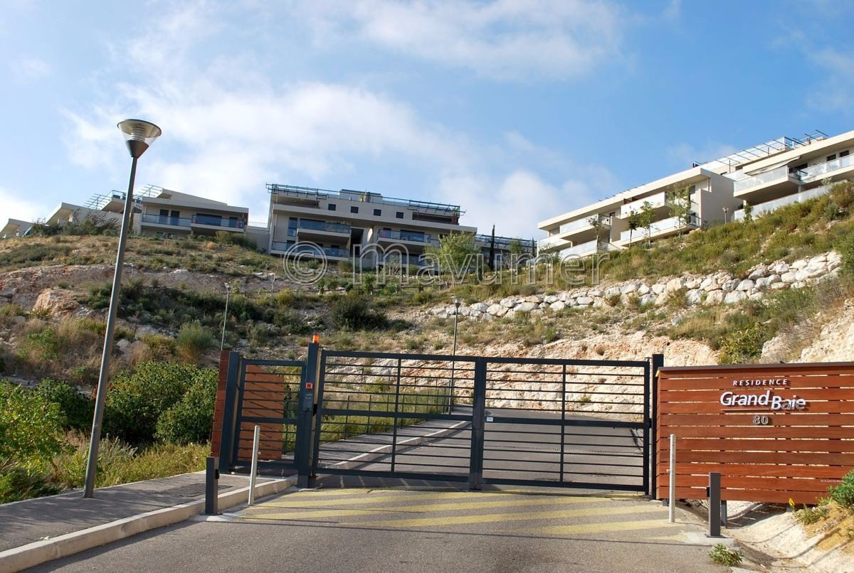 Sale Apartment - Marseille 16ème