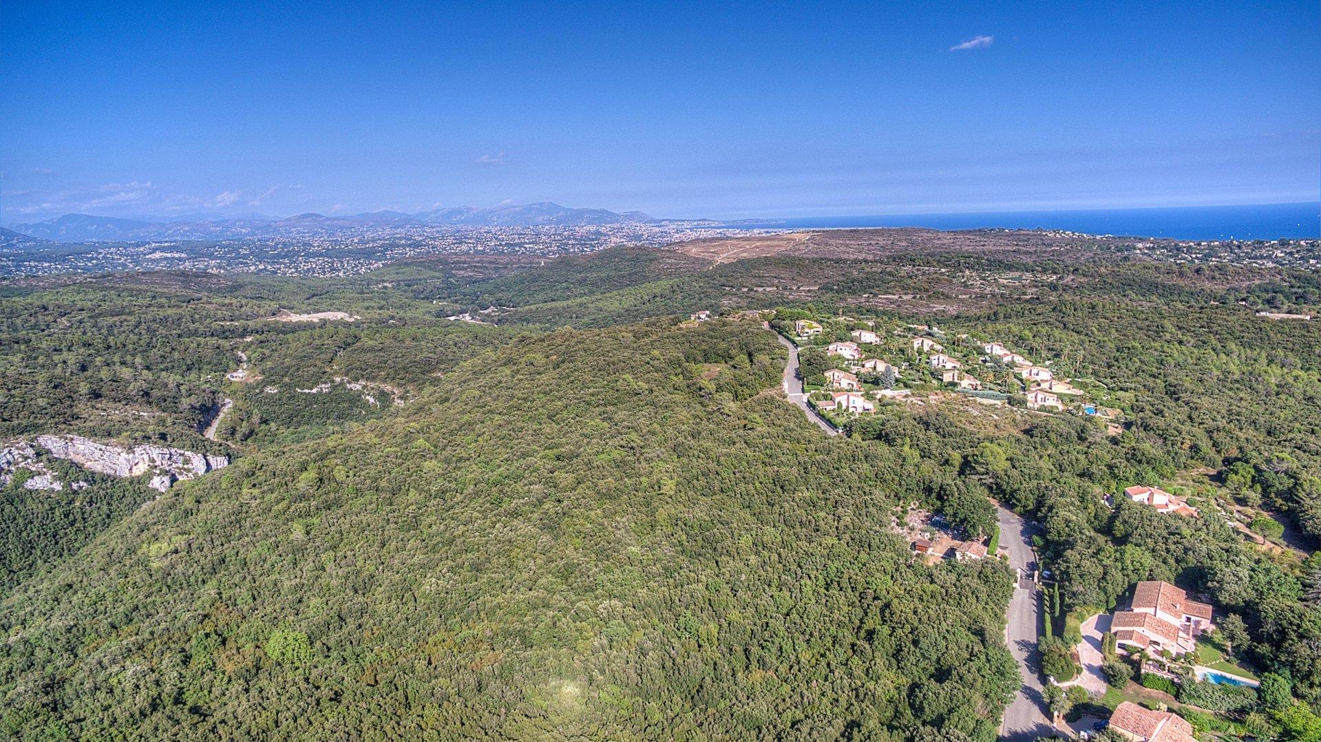 Vue mer et emplacement exceptionnel pour cette villa provencale