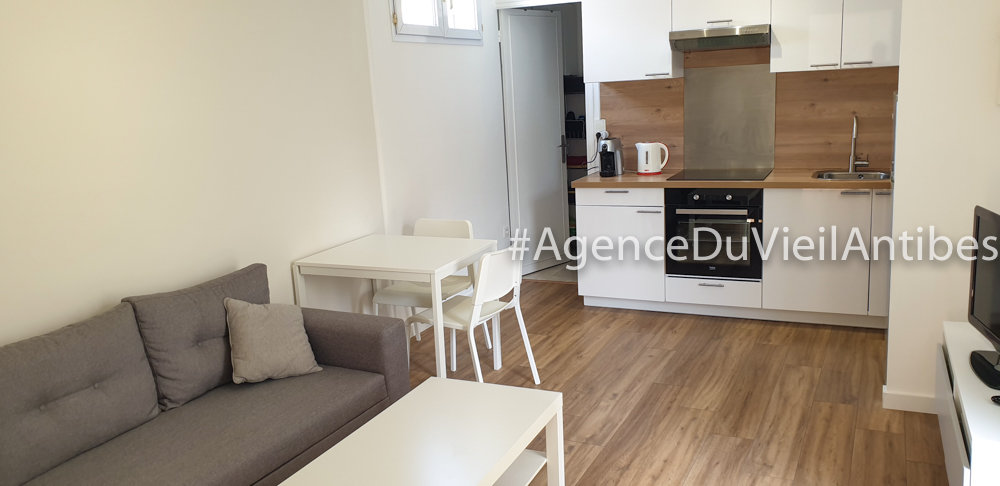 Quartier La Badine - Les Autrichiens - 2 pièces meublé à louer à l'année de 33 m²