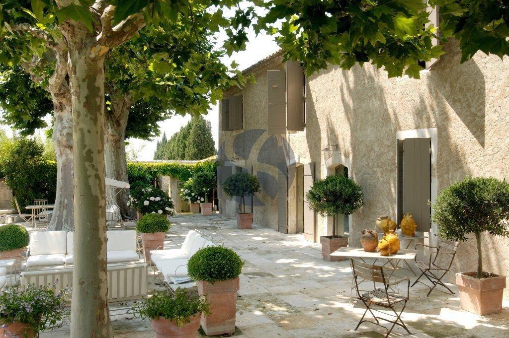 Provençal Mas in Saint Rémy de Provence