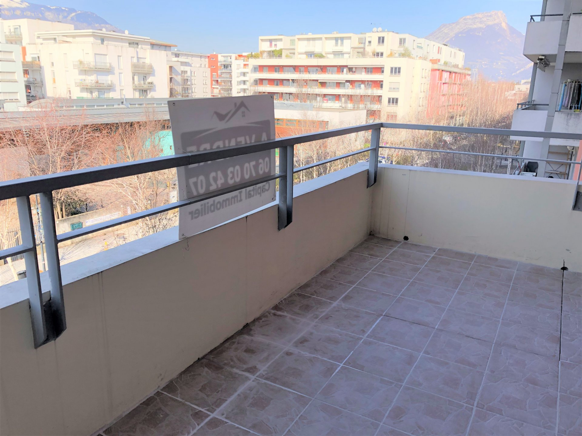 Terrasse avec superbe vue